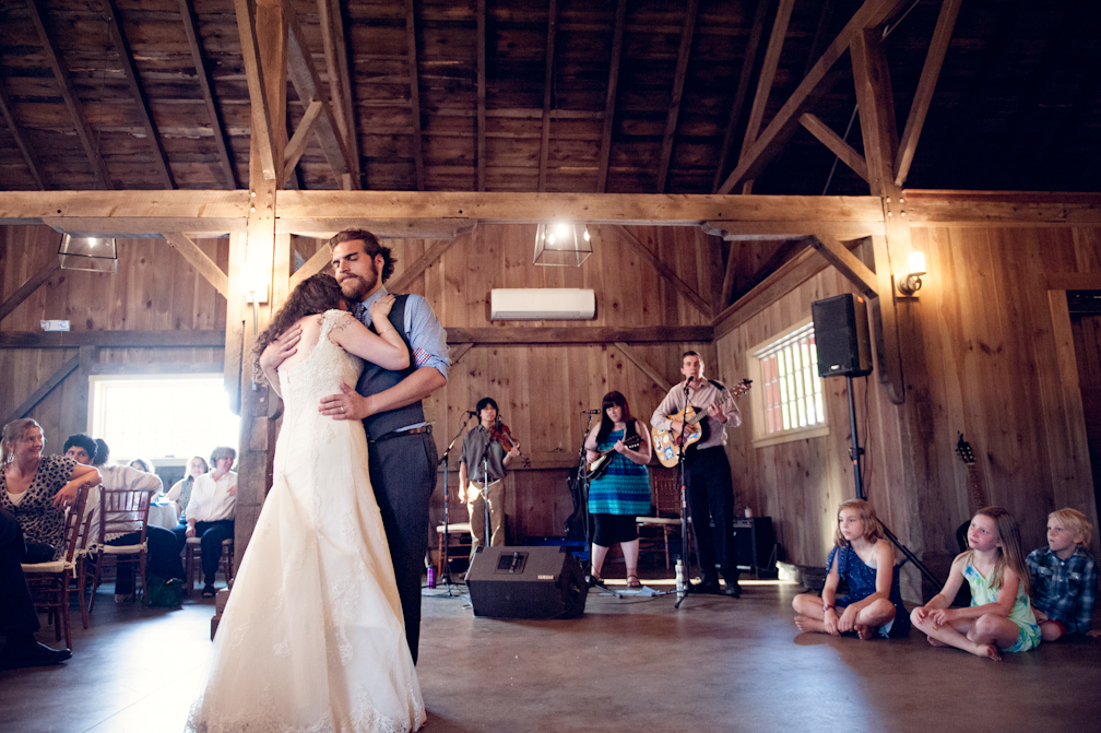JASMINE_TARA_PHOTOGRAPHY_APPLE_ORCHARD_QUONQUONT_FARM_DESTINATION_WEDDING_-82