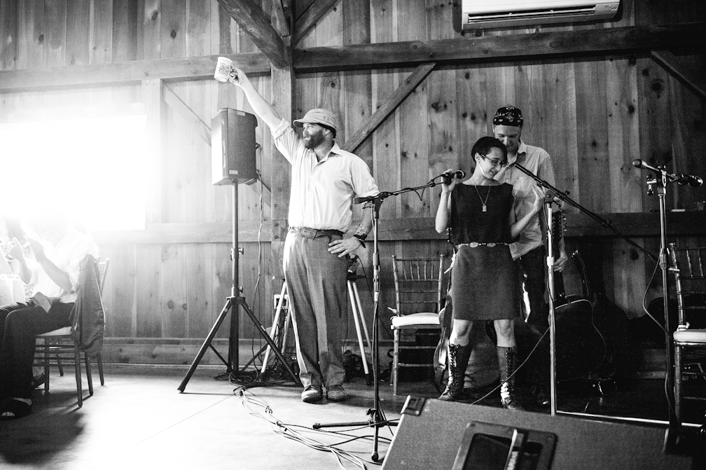 JASMINE_TARA_PHOTOGRAPHY_APPLE_ORCHARD_QUONQUONT_FARM_DESTINATION_WEDDING_-94
