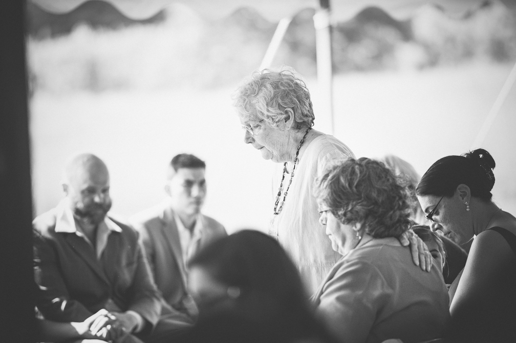 JASMINE_TARA_PHOTOGRAPHY_APPLE_ORCHARD_QUONQUONT_FARM_DESTINATION_WEDDING_JASMINE_BALGOBIN-38