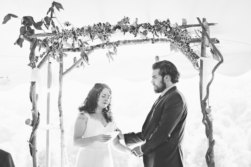 JASMINE_TARA_PHOTOGRAPHY_APPLE_ORCHARD_QUONQUONT_FARM_DESTINATION_WEDDING_JASMINE_BALGOBIN-45