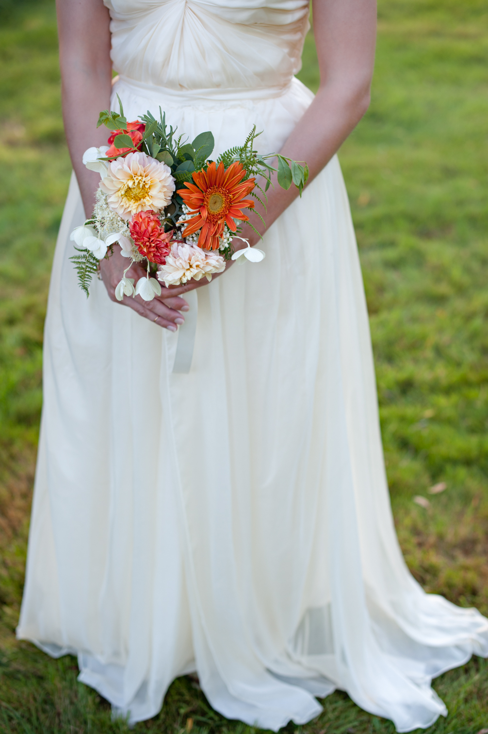 JASMINE_BALGOBIN_JASMINE_TARA_PHOTOGRAPHY_WHITE_GATE_FARM_WEDDING_OUTDOOR_WEDDING_ARTISTIC_CREATIVE_-5