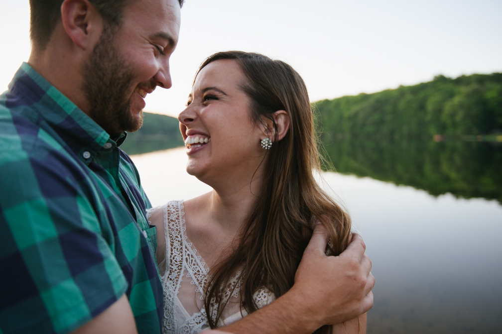 JASMINE_TARA_PHOTOGRAPHY_CONNECTICUT_ENGAGEMENT_CREATIVE_PHOTOGRAPHY_LAKE_ARTISTIC_-39